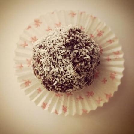 Macaroon Brownie Bites