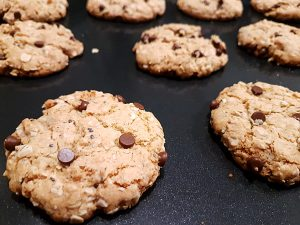 Oatmeal-Almond Chocolate Chip Cookies